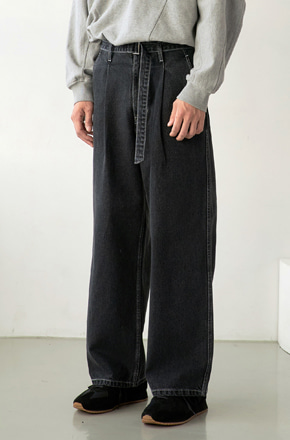 NOUN노운 belted wide denim pants (charcoal/white stitch)