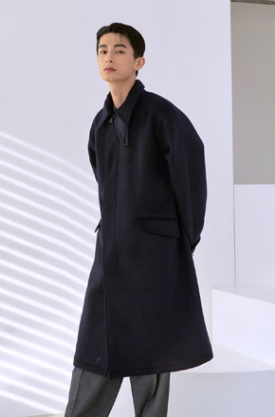 NOUN노운 balmacaan heavy coat (navy)