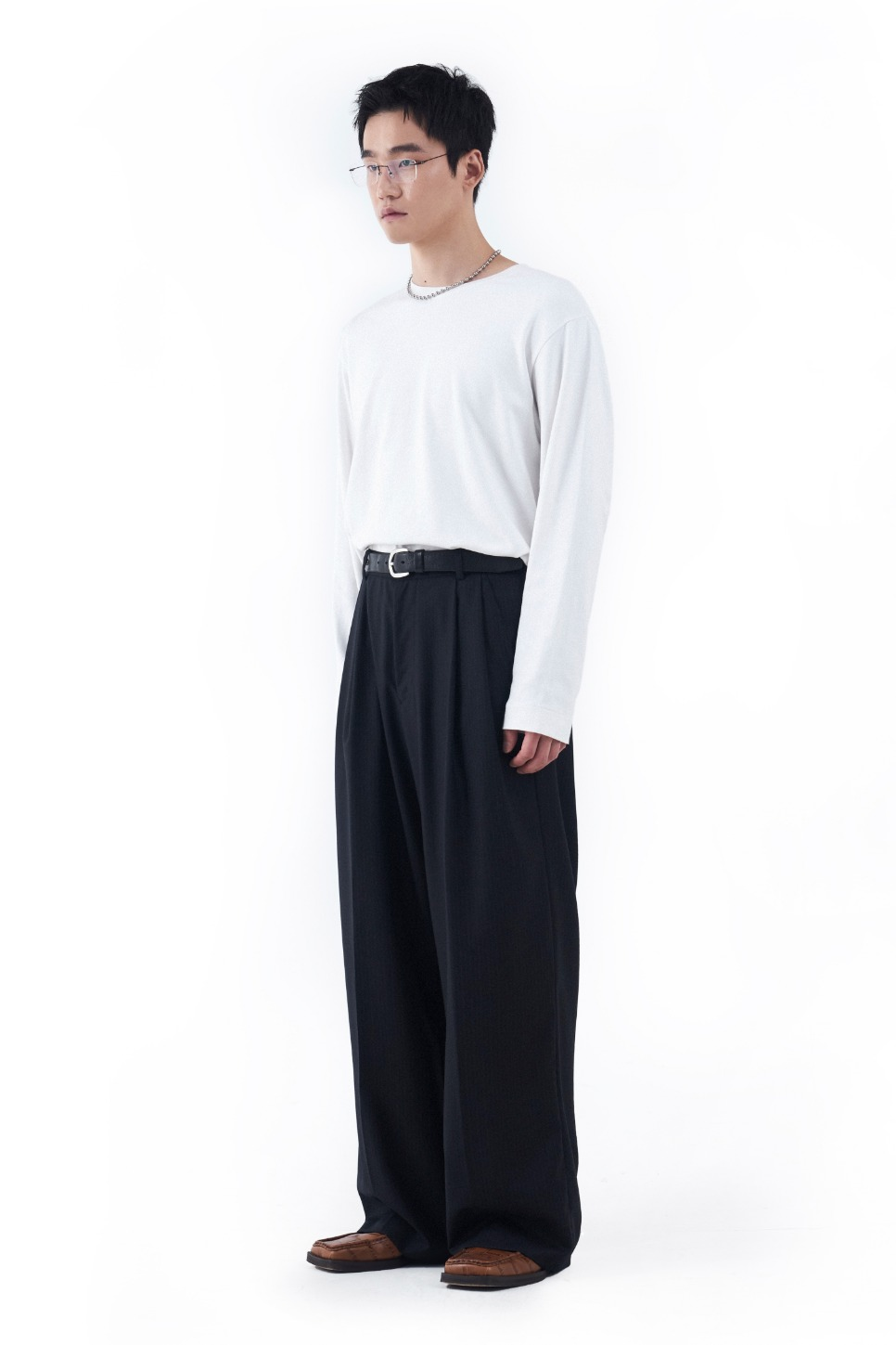 LOREM IPSUM로렘입숨 Stripe Wool Trousers