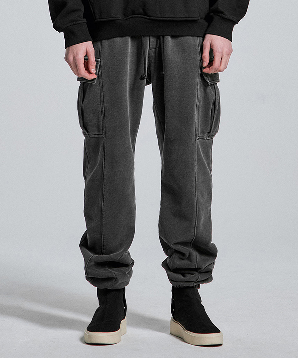 디프리크D.PRIQUE [12/15일 예약배송] Washed Cargo Pants - Black