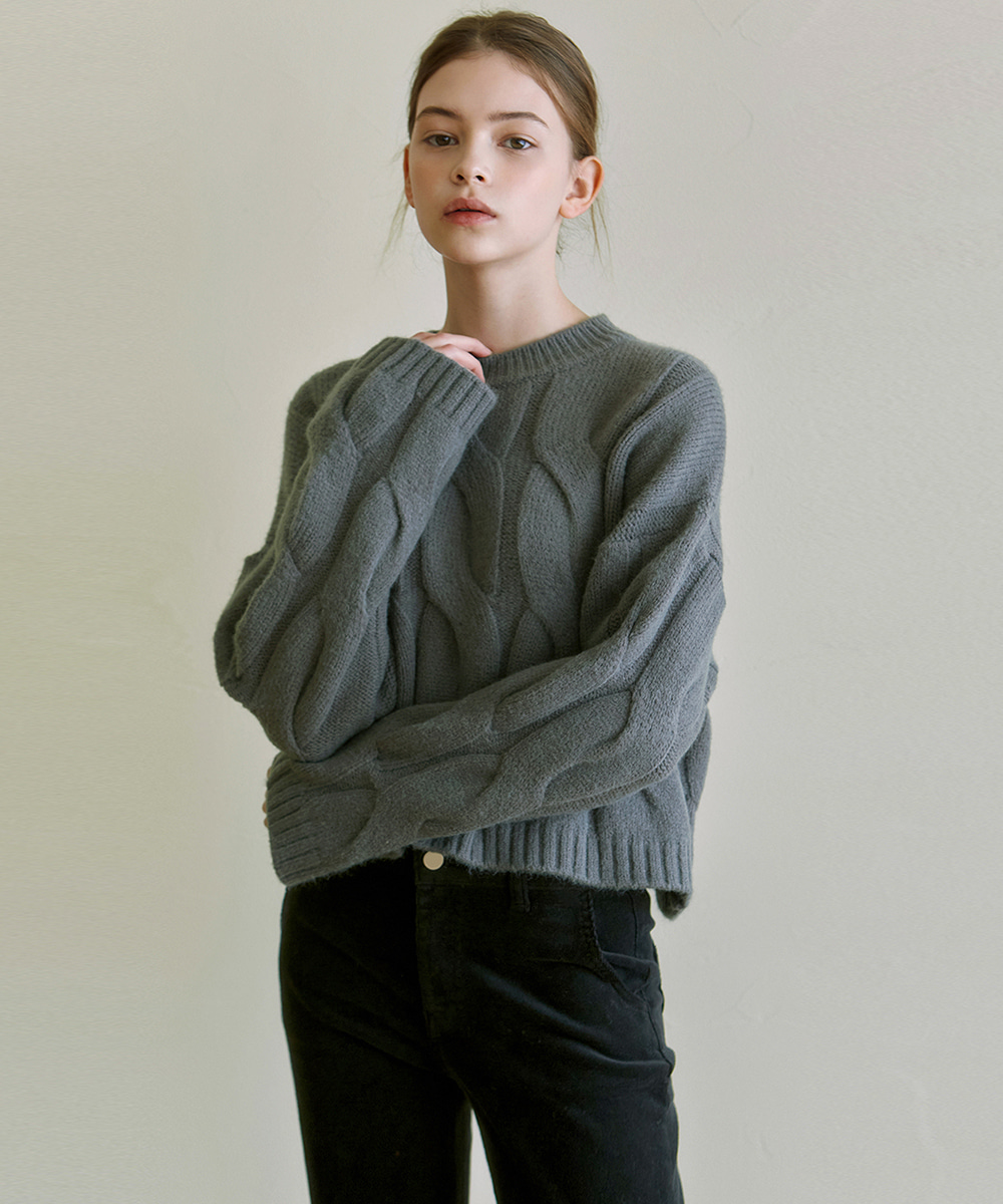 YAN13얀13 CABLE ROUND NECK KNIT_GRAY