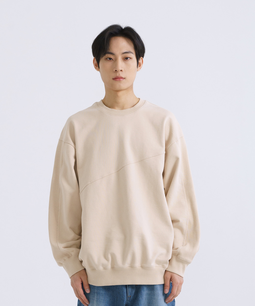 NOUN노운 wide silhouette sweat shirt (cream)