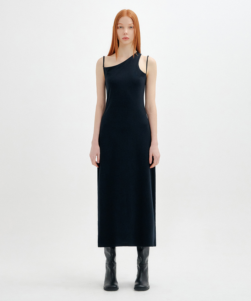 YUSE유즈 THREE STRAP SIDE ZIP LONG DRESS - BLACK