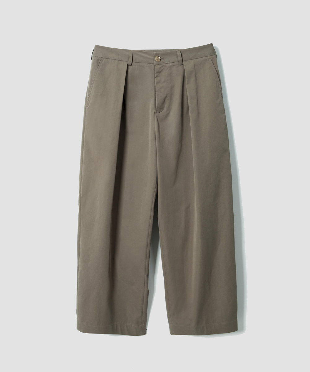 MATISSE THE CURATOR마티스 더 큐레이터 Martin Crop Pants Olive